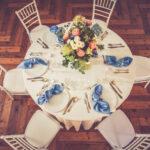 allestimento tavolo ospiti